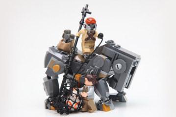 LEGO MOC – Teedo and Luggabeast
