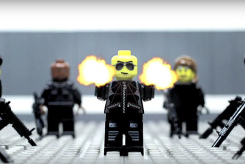 Middle Man – Lego Shootout – Stop motion