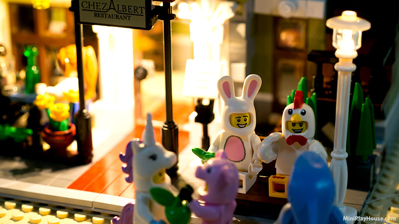 Bunny Suit Guy – LEGO Minifigures