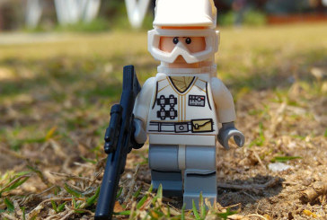 Hoth Rebel Trooper – LEGO Minifigures