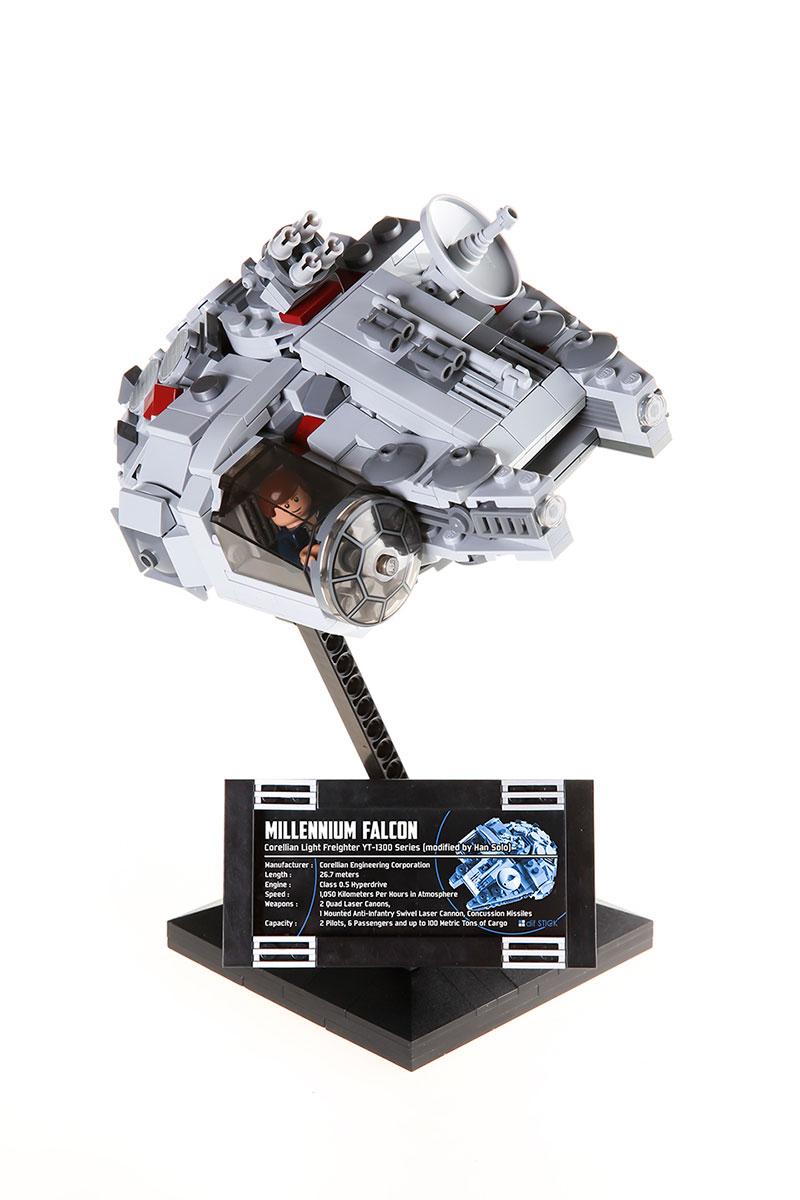 moc_lego_millennium_falcon_00