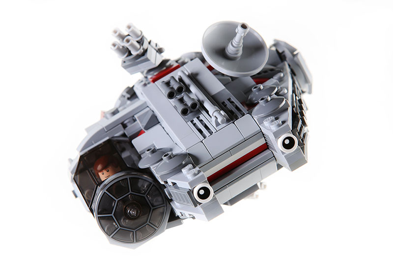 moc_lego_millennium_falcon_01