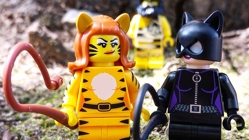 Tiger Woman – LEGO Minifigures