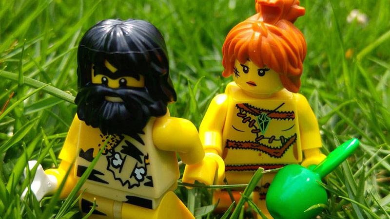 Cavewoman | LEGO Minifigures