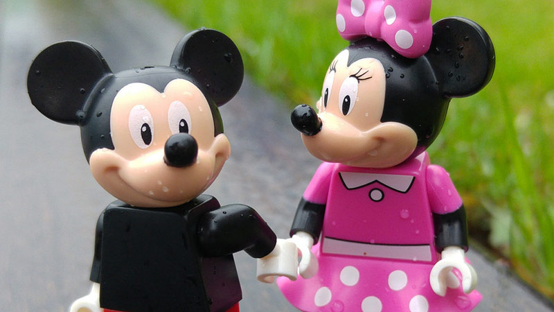 Mickey Mouse | LEGO Minifigures