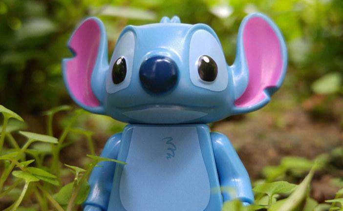 Stitch | LEGO Disney Minifigures