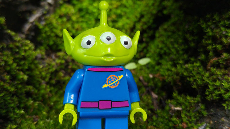 Toy Story Alien | LEGO Disney Minifigures