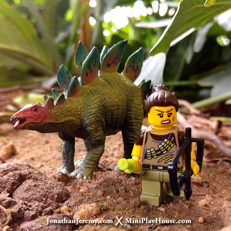 mph_lego_minifigures_dinotracker_01
