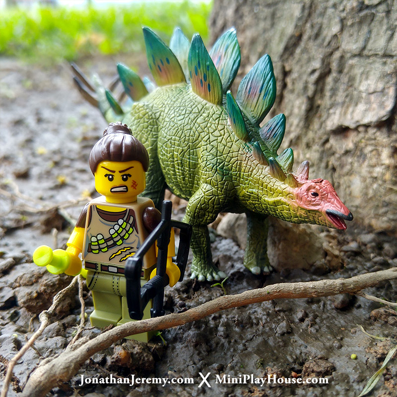 mph_lego_minifigures_dinotracker_02